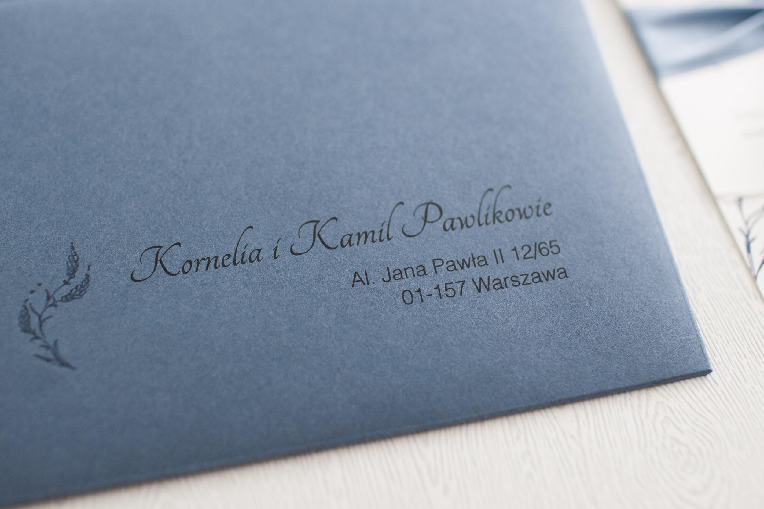zaproszenie ślubne, zaproszenie dusty blue, koperta dusty blue